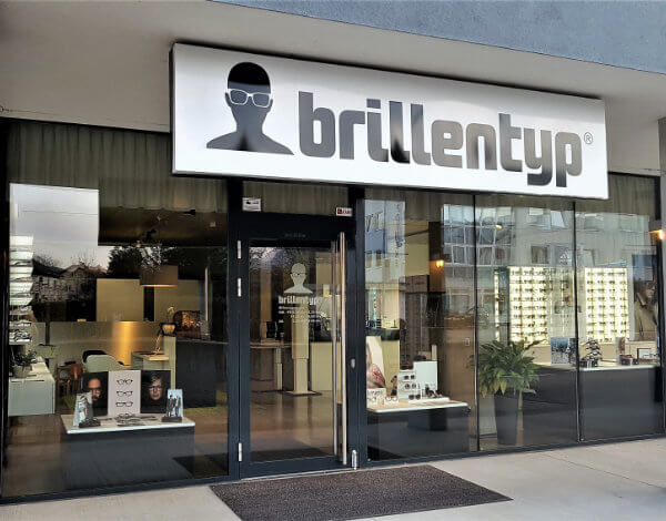 Brillentyp-Team